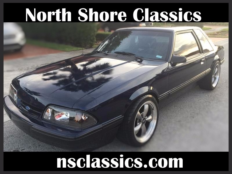 Photo 1991 Ford Mustang -FOX BODY-NEW MIDNIGHT BLUE EXTERIOR-