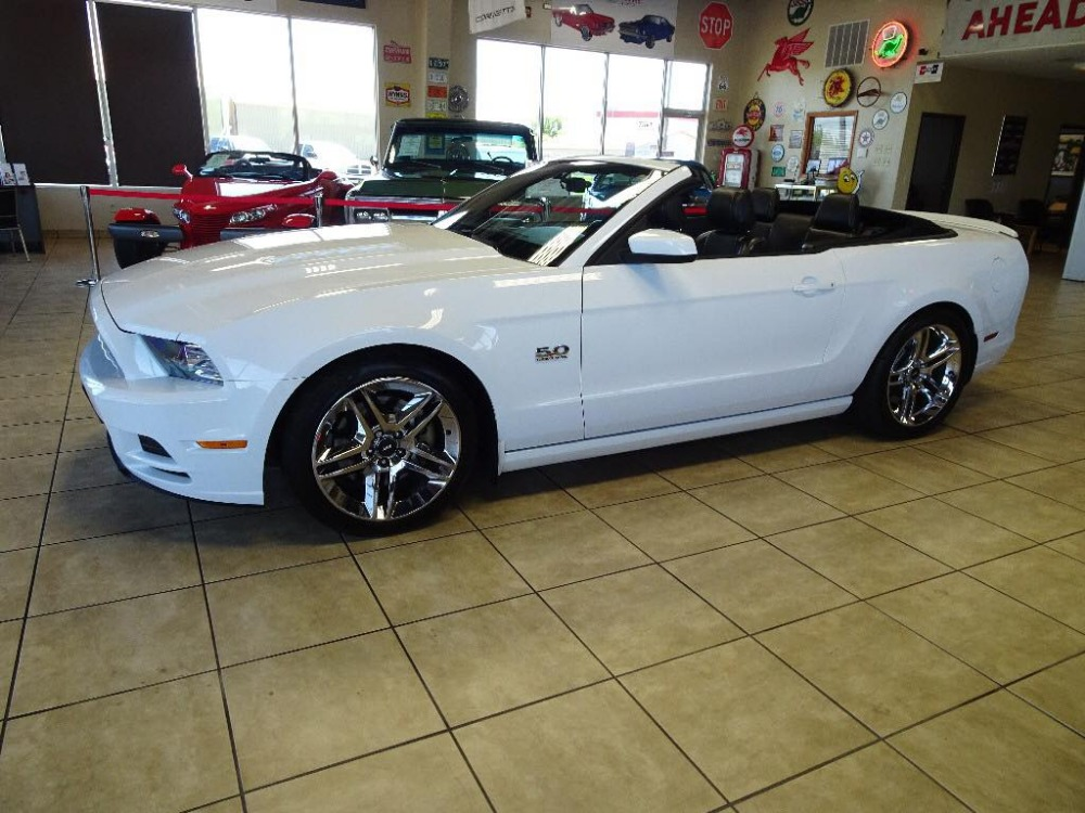 Photo 2014 Ford Mustang -GT CONVERTIBLE IBLE -PRECISION TURBO AND MORE PERFORMANCE MODIFICATIONS-