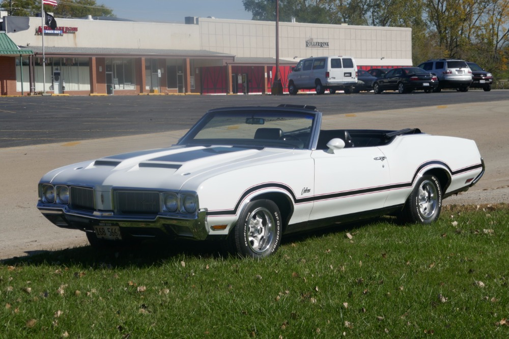 Photo 1970 Oldsmobile Cutlass -RARE- CONVERTIBLE- 1 OF 60 EVER BUILT- REAL Y74 PACE CAR-SEE VIDEO