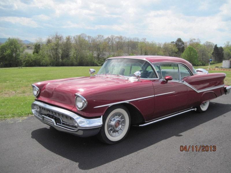 Photo 1957 Oldsmobile Starfire 98 MILD CUSTOM