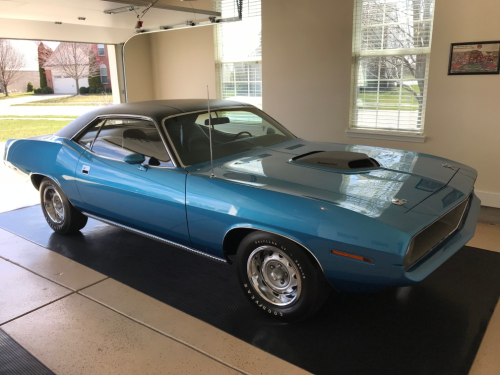 Photo 1970 Plymouth BarracudaCuda 440 - Six Pack - Frame Off Restored