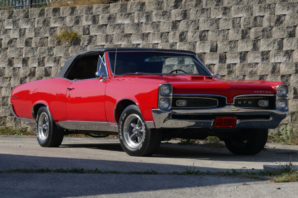 Photo 1967 Pontiac GTO -Tribute with 428New Paint-Straight Convertible Body-Summer fun-SEE VIDEO