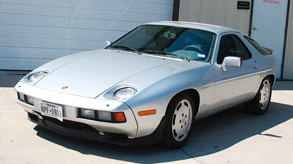 Photo 1985 Porsche 928 S - THE SCARFACE CAR - FROM TEXAS-SEE VIDEO