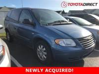 2005 Chrysler Town & Country Base Van Front-wheel Drive