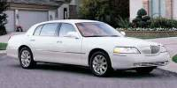 Pre-Owned 2003 LINCOLN Town Car 4dr Sdn Signature