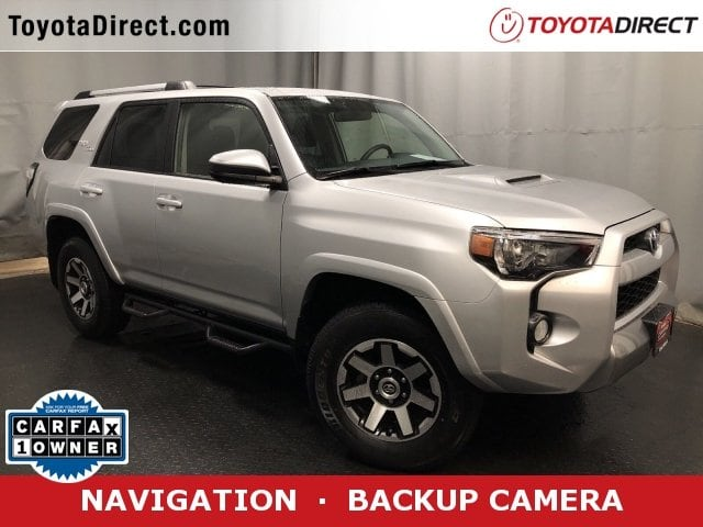 Photo 2018 Toyota 4Runner TRD Off Road SUV 4x4