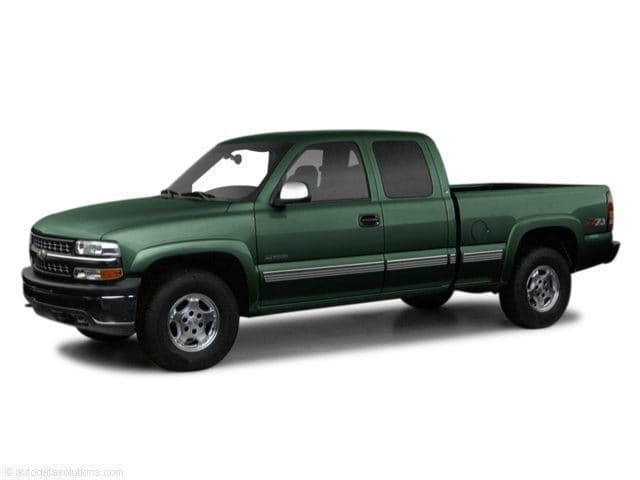Photo Used 2001 Chevrolet Silverado 1500 Ext Cab 143.5 WB 4WD Extended Cab Pickup in Grants Pass
