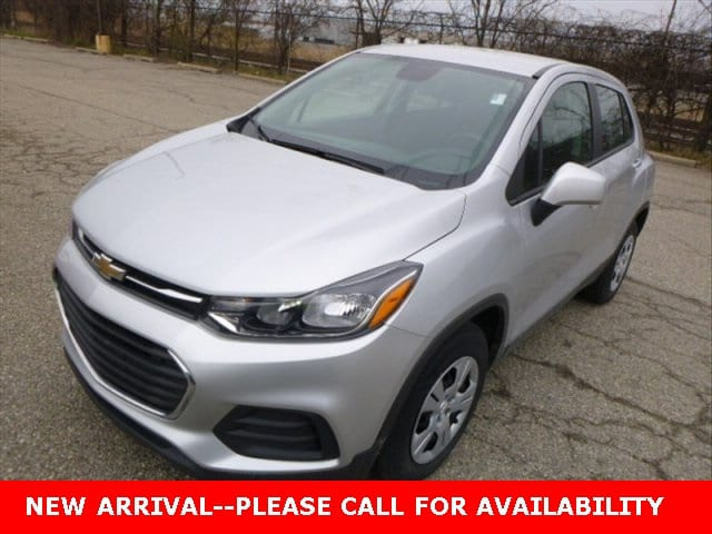 Photo Used 2017 Chevrolet Trax LS SUV FWD for Sale in Stow, OH