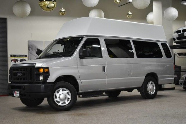 Photo 2012 Ford Econoline E-350 Wheelchair Van