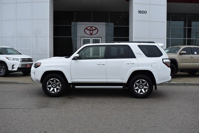 Photo Used 2019 Toyota 4Runner TRD Off Road Premium For Sale Streamwood, IL