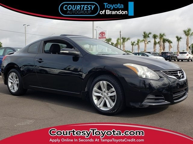 Photo Pre-Owned 2012 Nissan Altima 2.5 S CVT Coupe in Jacksonville FL