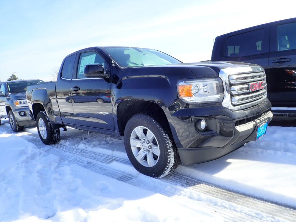 Photo Pre-Owned 2018 GMC Canyon 4WD EXT CAB 128.3 SLE in Schaumburg, IL, Near Palatine