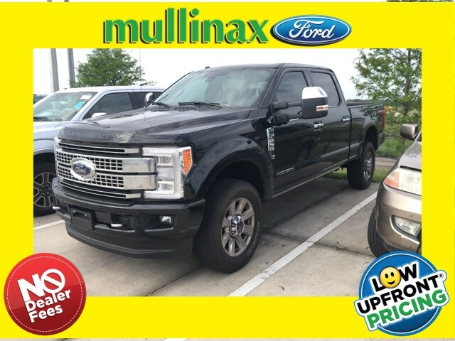 Photo Used 2017 Ford F-250 W Ultimate Package, High Capacity Trailer TOW Truck Crew Cab V-8 cyl in Kissimmee, FL