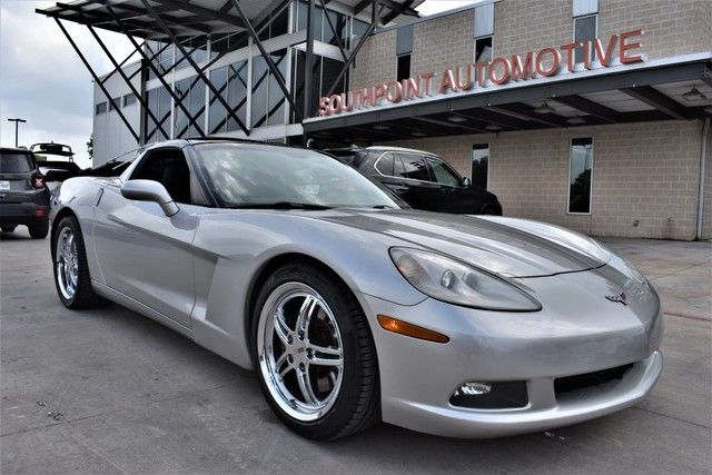 Photo 2007 Chevrolet Corvette LT2 w Glass Top
