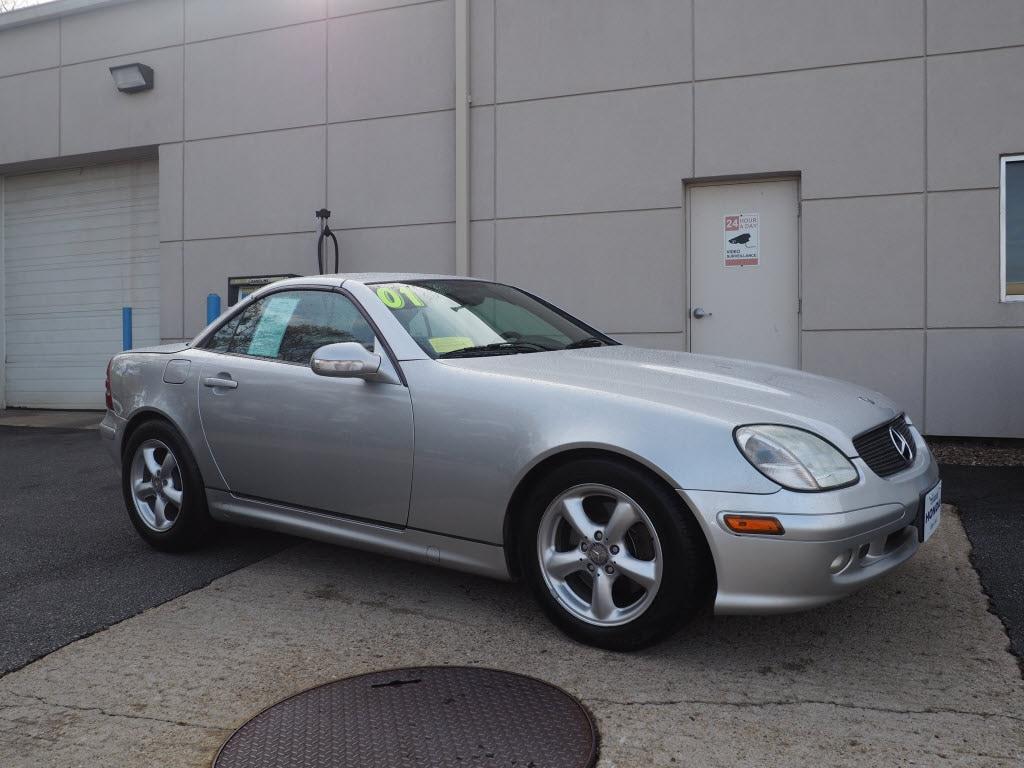 Photo 2001 Mercedes-Benz SLK-Class Base Coupe