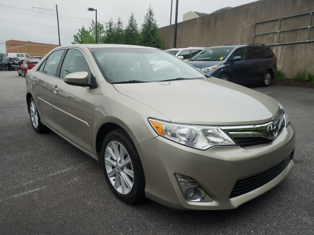 Photo Used 2014 Toyota Camry LE Sedan Front-wheel Drive in Cockeysville, MD