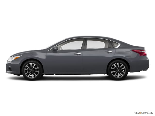 Photo Used 2018 Nissan Altima For Sale  Peoria AZ  Call 602-910-4763 on Stock P32098