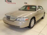 2007 Lincoln Town Car 4dr Sdn Signature Sedan Rear-wheel Drive For Sale | Jackson, MI