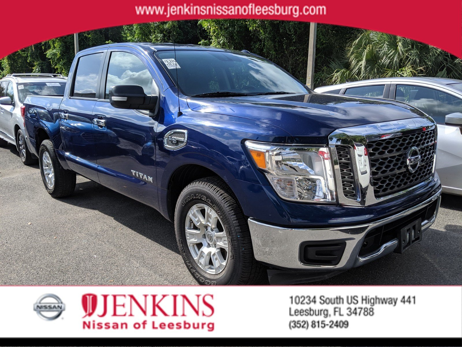Photo Certified Pre-Owned 2017 Nissan Titan SV Truck Crew Cab For Sale Leesburg, FL