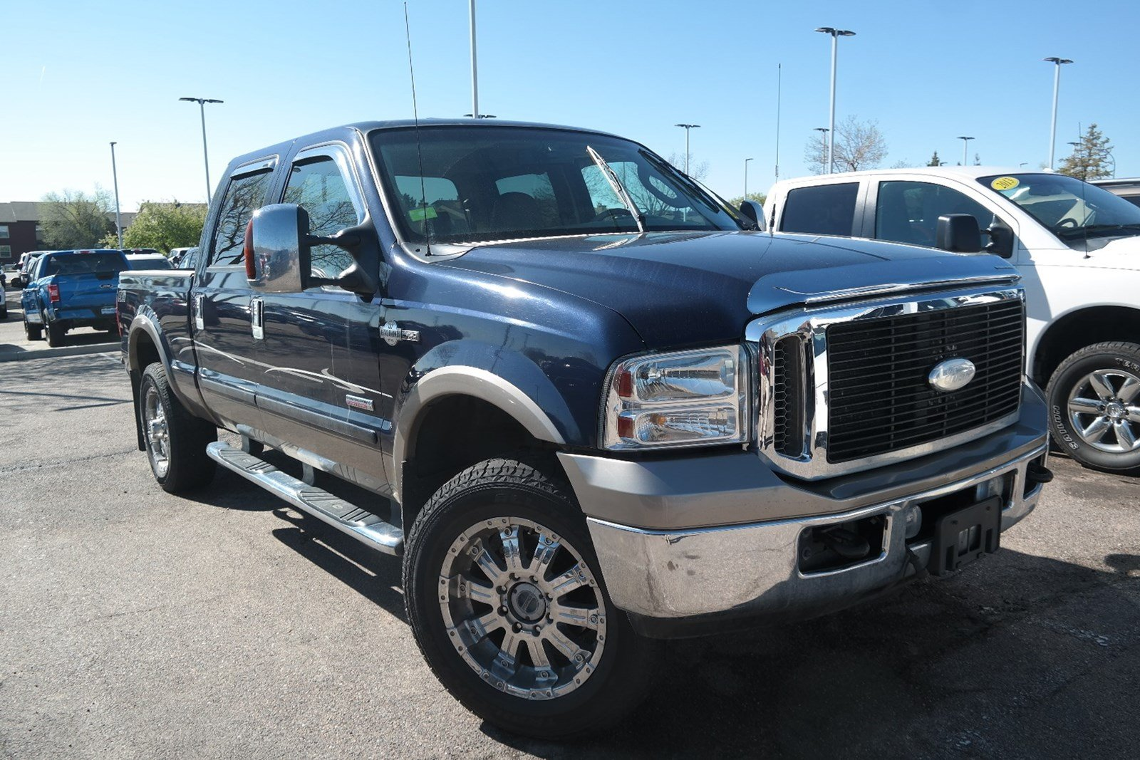 Photo Pre-Owned 2006 Ford Super Duty F-250 King Ranch 4WD
