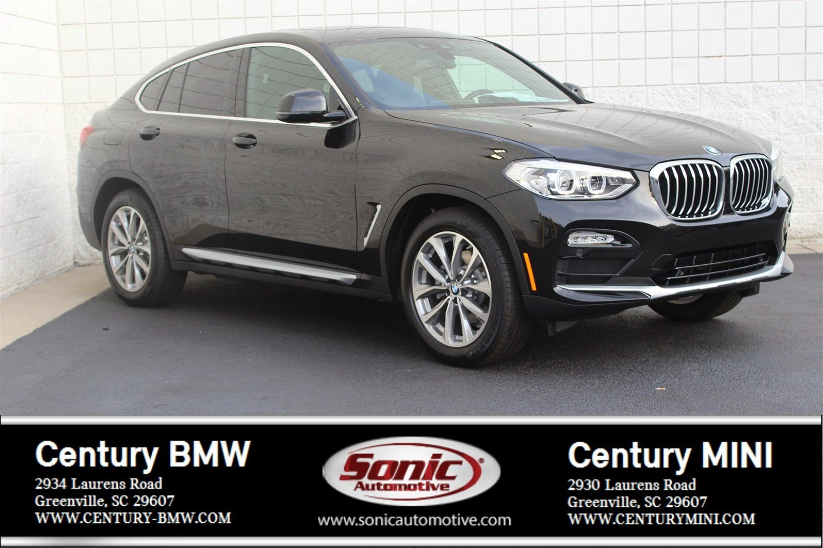 Photo Pre-Owned 2019 BMW X4 xDrive30i Sports Activity Coupe in Greenville, SC