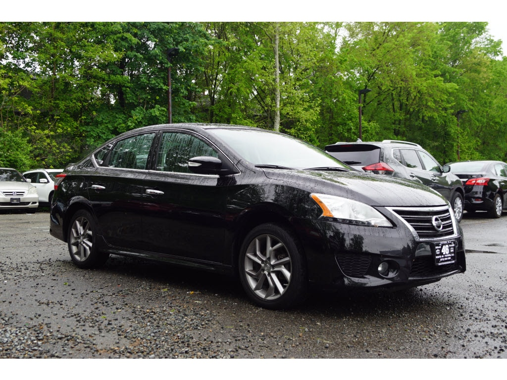 Photo Used 2015 Nissan Sentra SR Sedan for sale in Totowa NJ