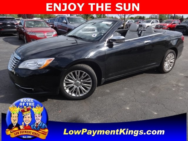 Photo 2014 Chrysler 200 Limited Convertible FWD