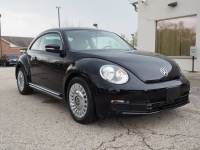 Pre-Owned 2015 Volkswagen Beetle 1.8T Entry w/PZEV in Mount Prospect, IL, Near Palatine