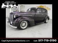 1937 Oldsmobile Custom Cruiser Street Rod