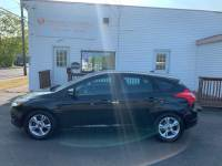 2014 Ford Focus SE Hatch 6-Speed Automatic