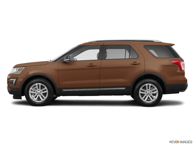 Photo Used 2017 Ford Explorer XLT SUV in Merced, CA