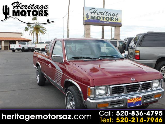 Photo 1995 Nissan Pickup XE-V6 King Cab 2WD