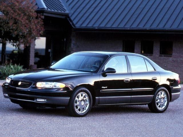Photo Used 1999 Buick Regal for sale in Rockville, MD