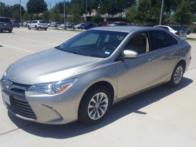 Photo Used 2017 Toyota Camry LE For Sale Grapevine, TX