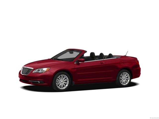 Photo Used 2012 Chrysler 200 Limited For Sale in Doylestown PA  1C3BCBFGXCN289111