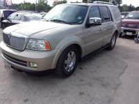 2005 Lincoln Navigator Luxury 4WD 4dr SUV