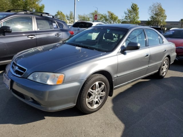 Photo Used 2000 Acura TL 3.2 for sale in Fremont, CA
