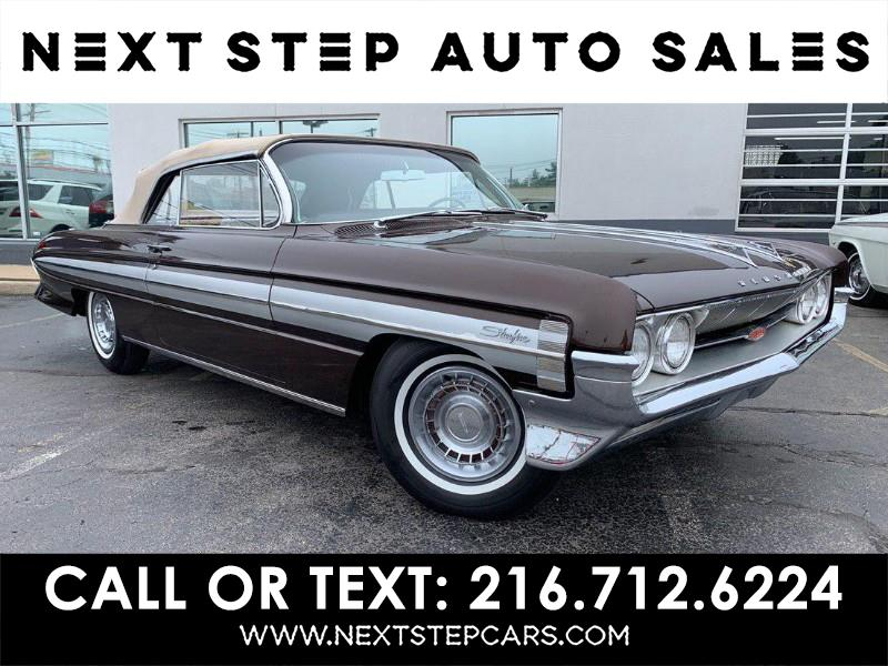 Photo 1961 Oldsmobile Starfire