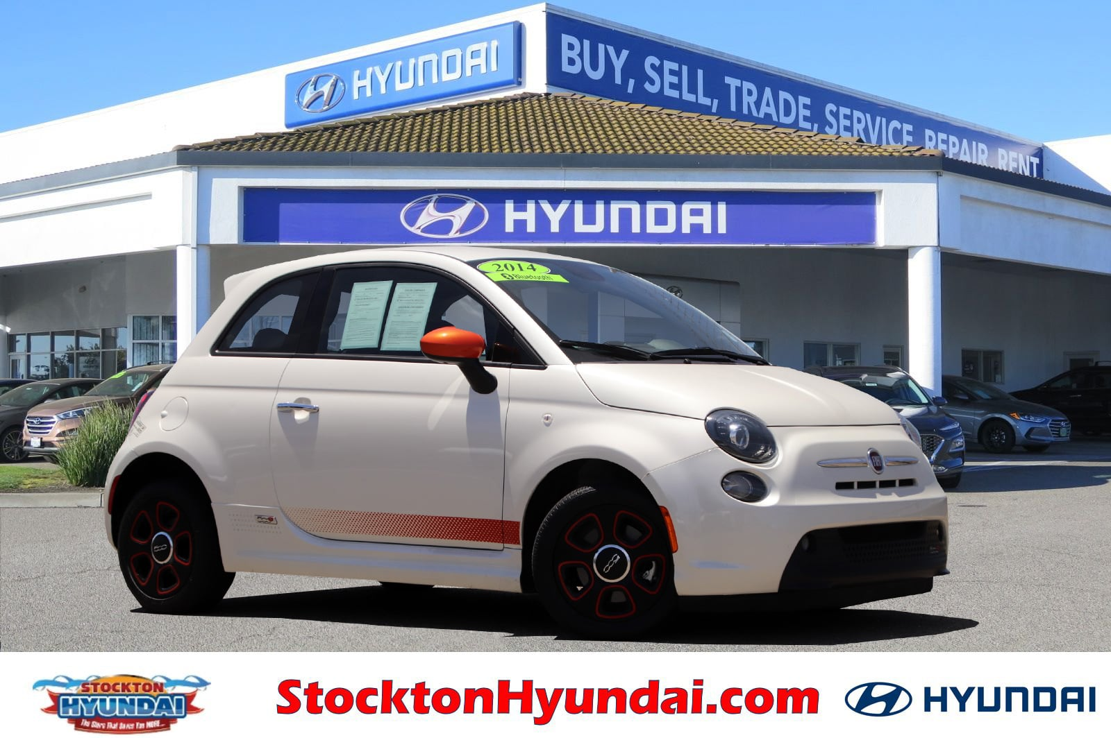 Photo Used 2014 FIAT 500e Battery Electric Hatchback For Sale Stockton, California