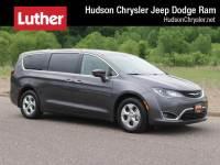 2018 Chrysler Pacifica Hybrid Touring Plus FWD Van Passenger Van