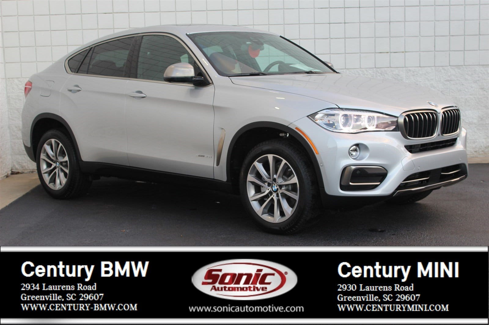 Photo Pre-Owned 2019 BMW X6 sDrive35i SAV in Greenville, SC