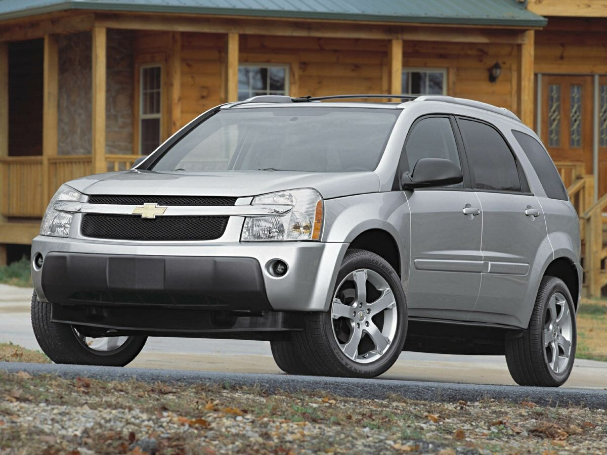 Photo Used 2005 Chevrolet Equinox LT for Sale in Tacoma, near Auburn WA