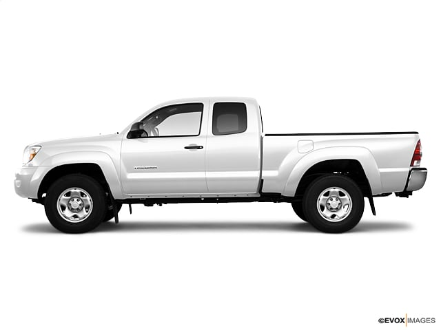 Photo Used 2010 Toyota Tacoma 2WD EXTRA CAB M for Sale in Missoula near Orchard Homes, MT