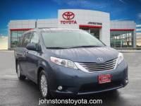 2017 Toyota Sienna XLE 8 Passenger Van Passenger Van Front-wheel Drive