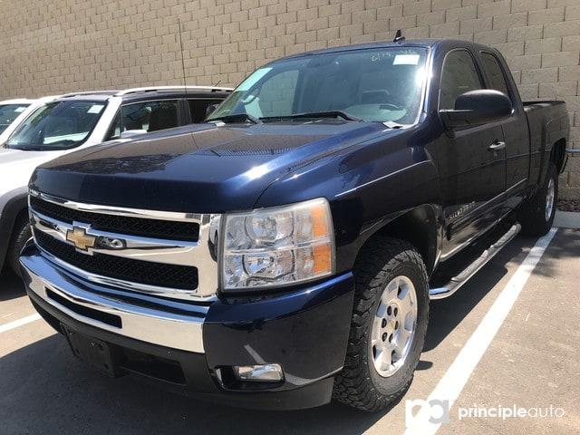 Photo 2011 Chevrolet Silverado 1500 LT Truck Extended Cab in San Antonio