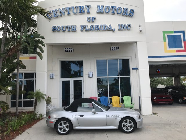 Photo 2000 BMW Z3 2.5L Leather Bucket Seats 5 Speed Manual Power Top