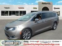 Certified Used 2018 Chrysler Pacifica Limited For Sale | Hempstead, Long Island, NY