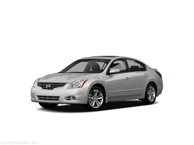 Photo Used 2011 Nissan Altima For Sale  Peoria AZ  Call 602-910-4763 on Stock 91206A