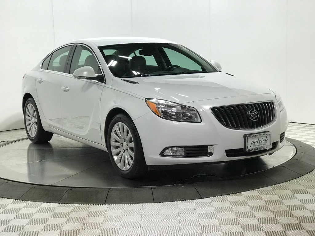 Photo 2012 Buick Regal Base Sedan for sale in Schaumburg, IL