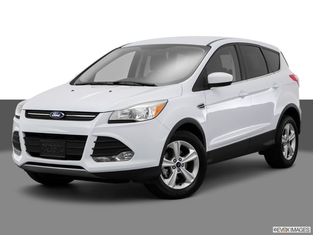Photo Used 2015 Ford Escape SE SUV in Merced, CA